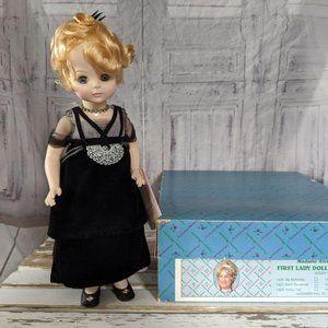 Madame Alexander Edith Wilson 1430 First Lady doll